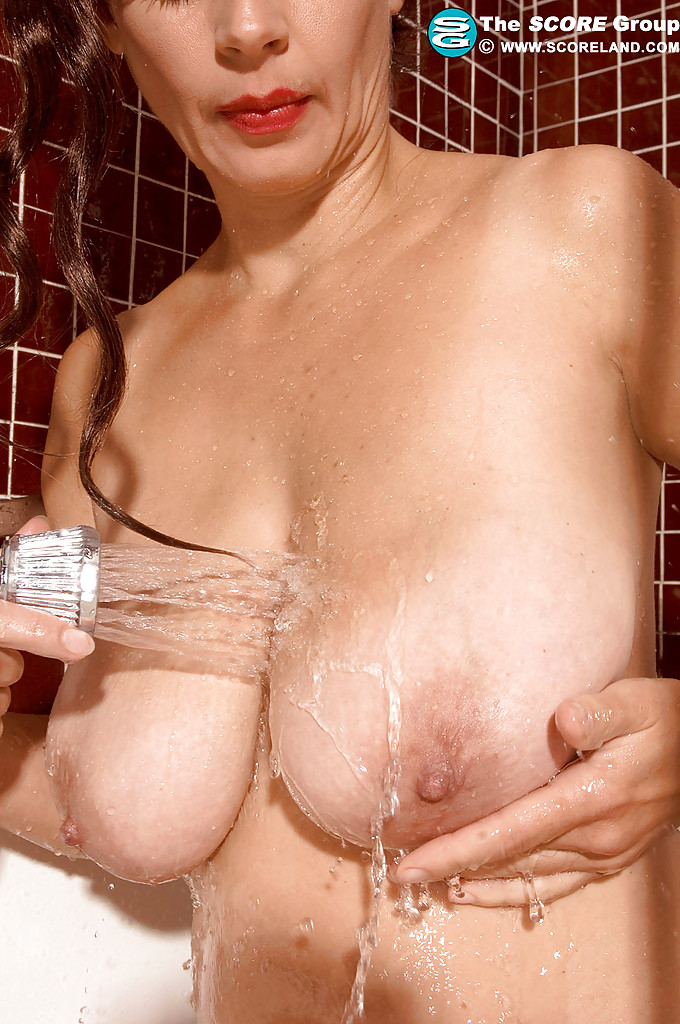 Share Tits hairy pussy shower group