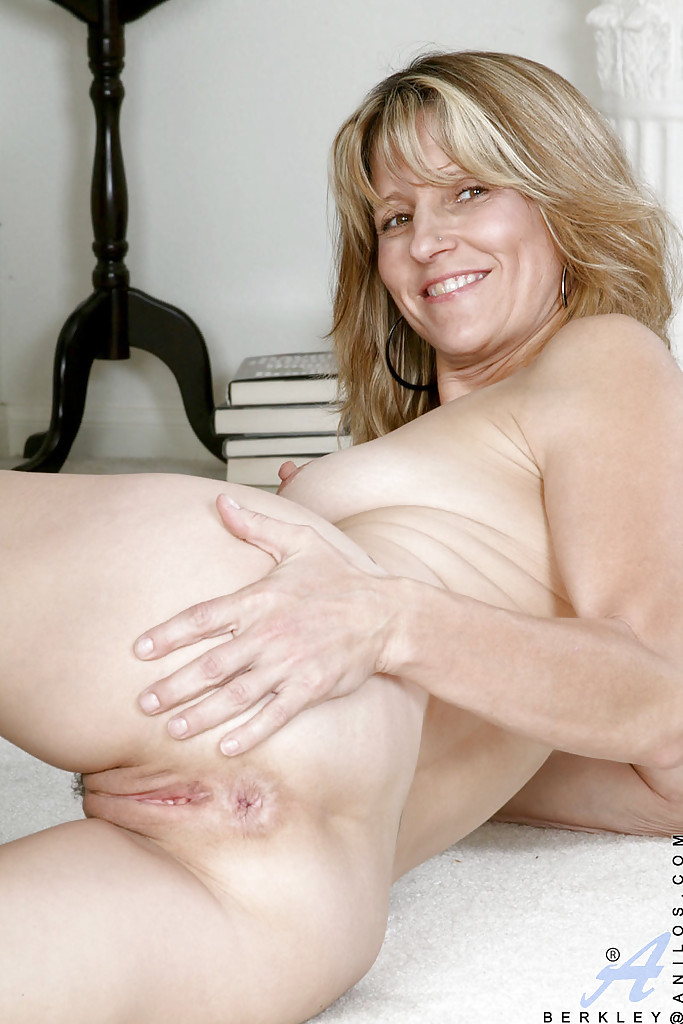 Right! Beautiful hairy classy blonde milf thumbs remarkable