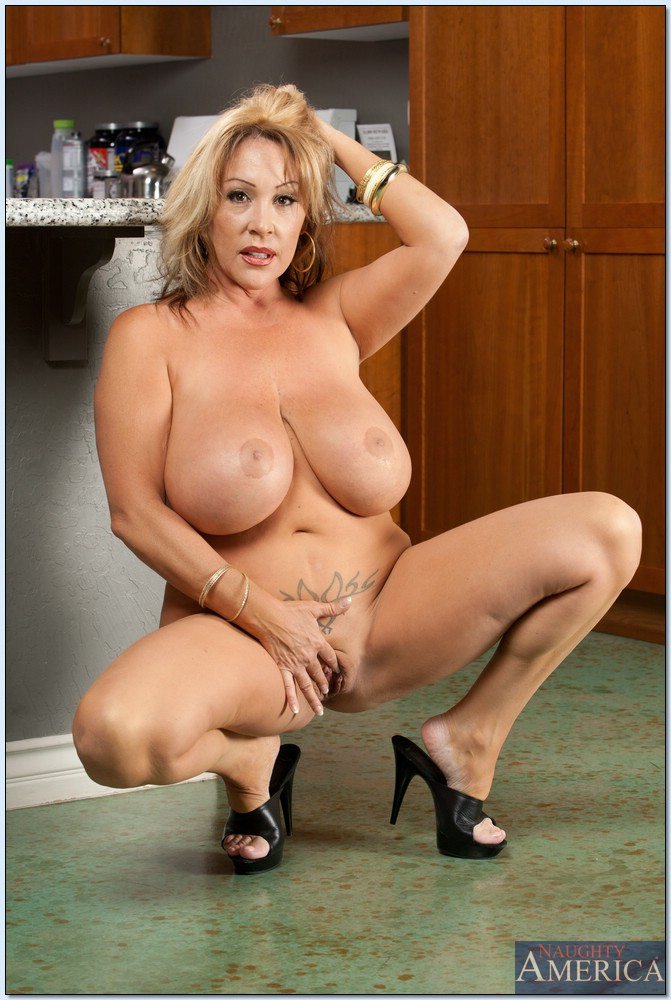 Big tits pornstar mom All above