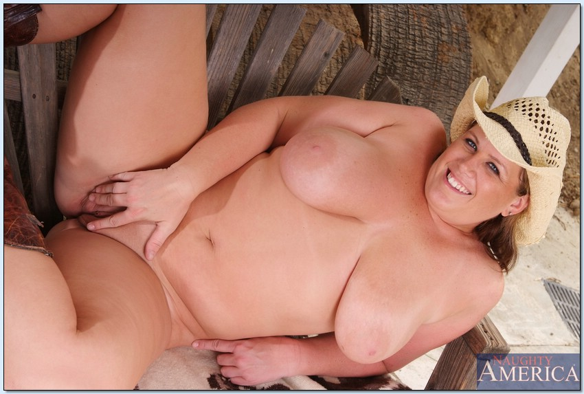 Think, naked beautiful country girls with big boobs