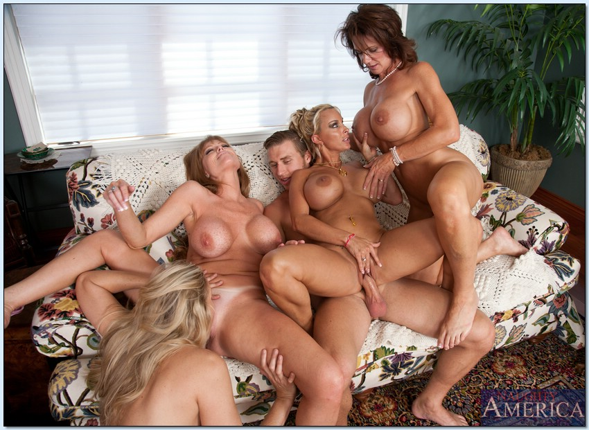 That Group large orgy