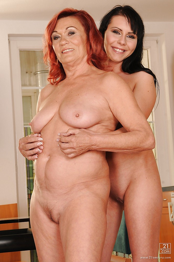 Teens and moms naked