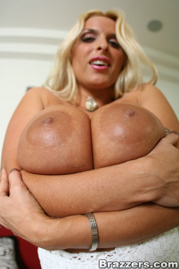 Picture milf tits halston holly big
