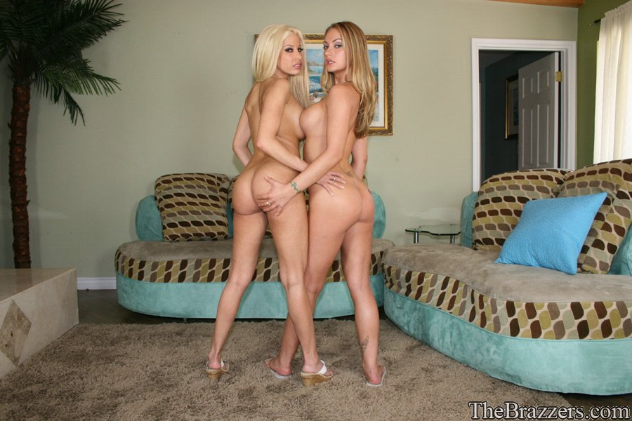 naked milfs posing together