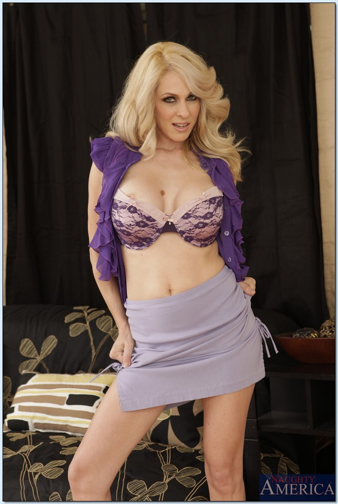 Blonde milf Angela Attison is undressing her blue panties and bra № 1147978  скачать