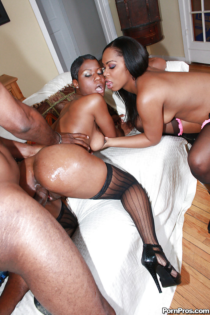 Watch free ebony porn videos