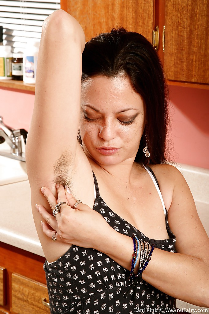 Lusty MILF with huge melons Rucca Page gets her hairy cunt slammed № 322260 загрузить