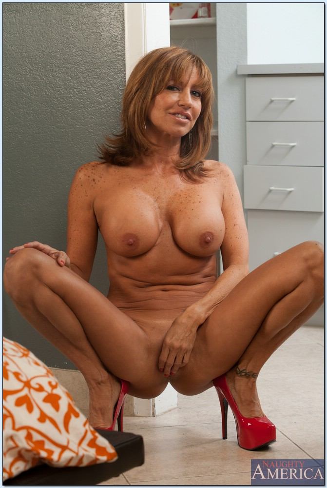 Cougar tara holiday nude idea consider