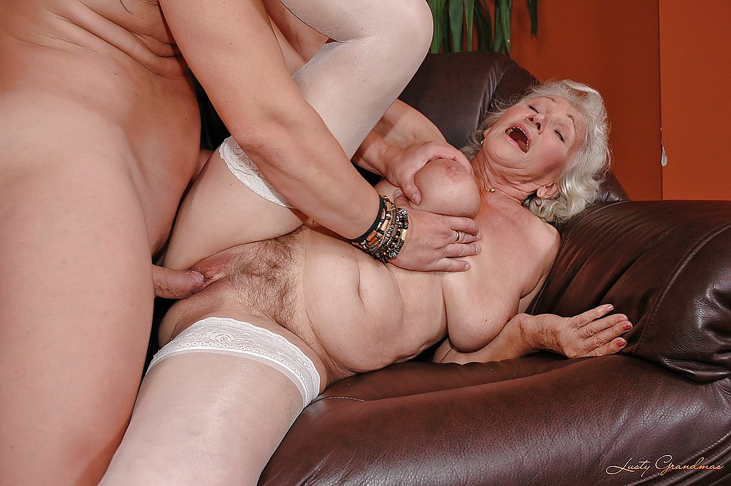 Granny Get Fuck In The Ass