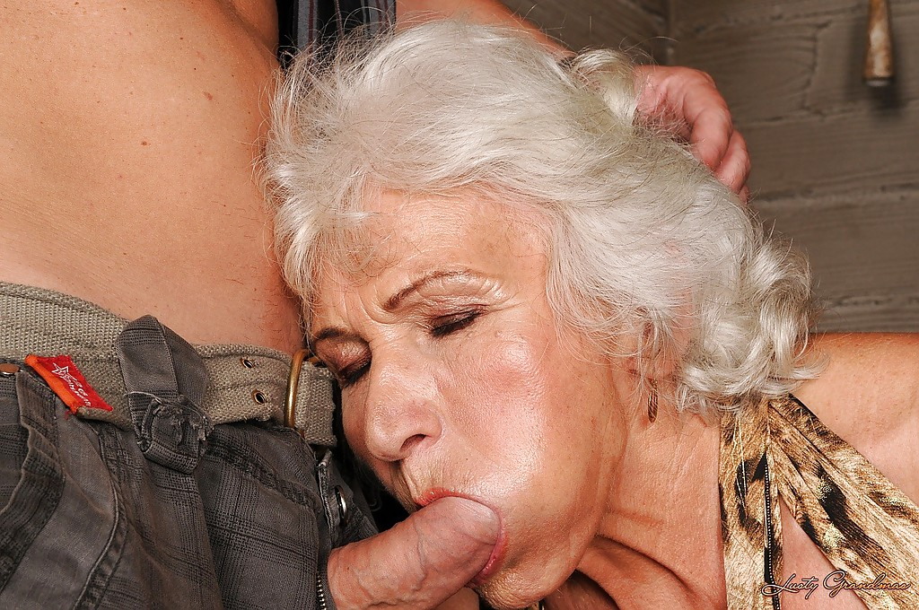 100 real ugly old women fucked from few mens