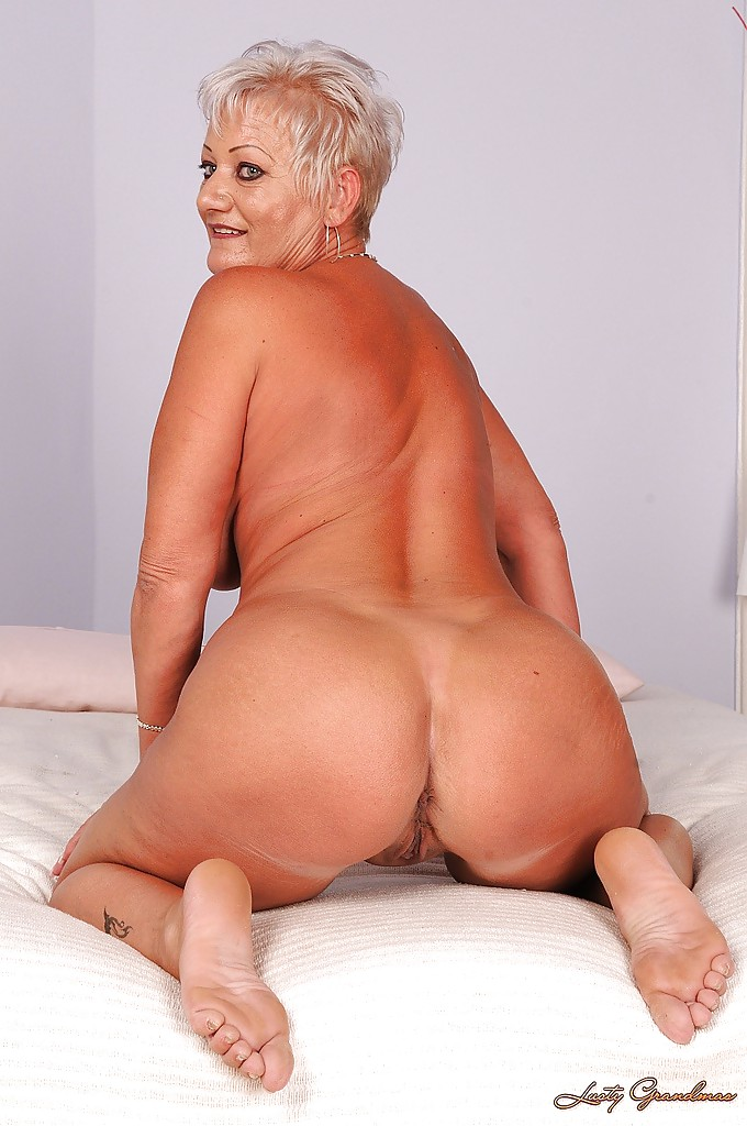 Shaved Grannies Picture Galleries - AZ Gals Free porn