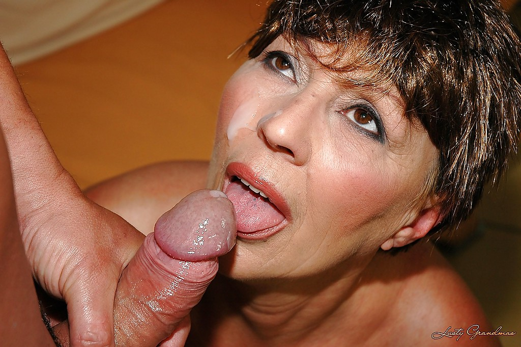 Free mature cumshot tube movies