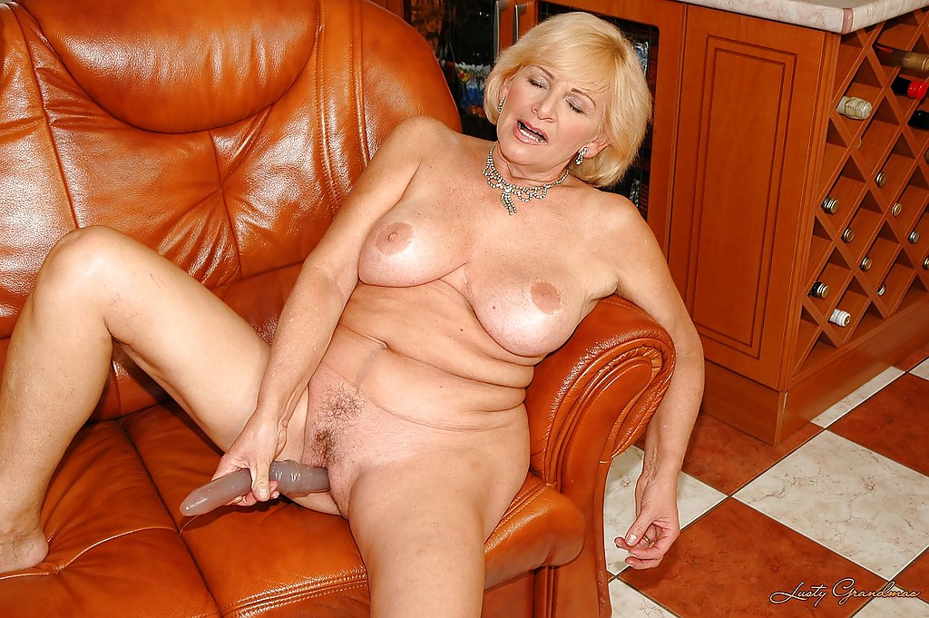 Big titted grannies with dildos