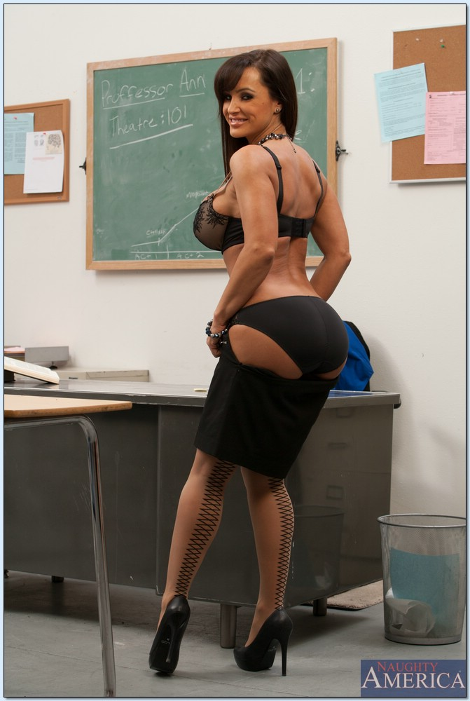 sex teachers porn lisa ann