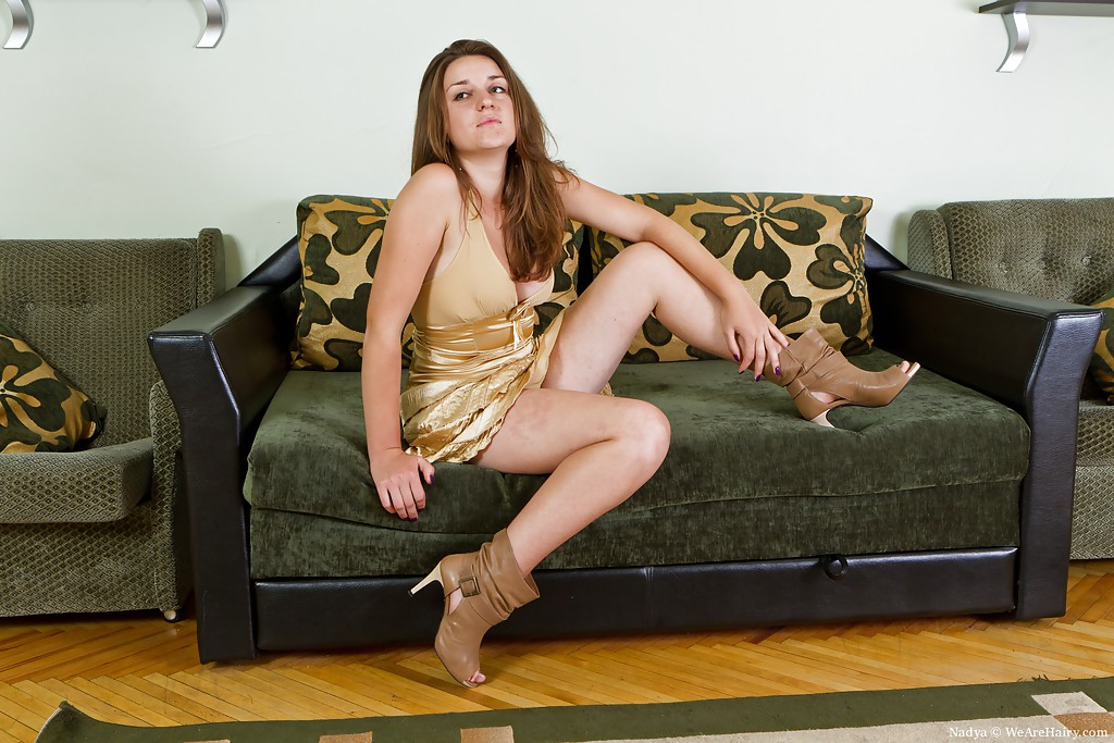 Lusty MILF with huge melons Rucca Page gets her hairy cunt slammed № 322270 бесплатно