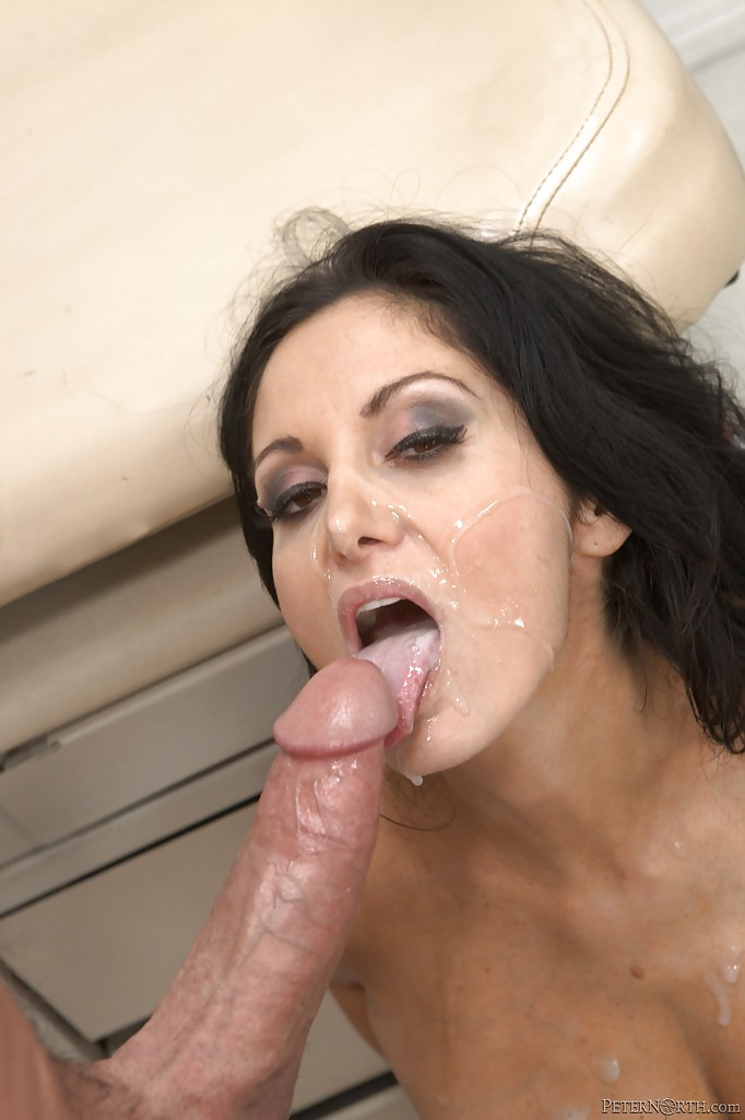 Sexy MILF Ava Addams gives a blowjob and gets banged ...
