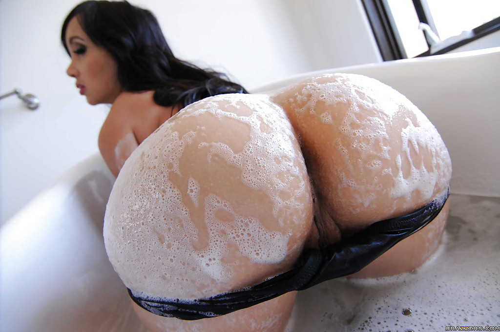 Big tits and ass asian
