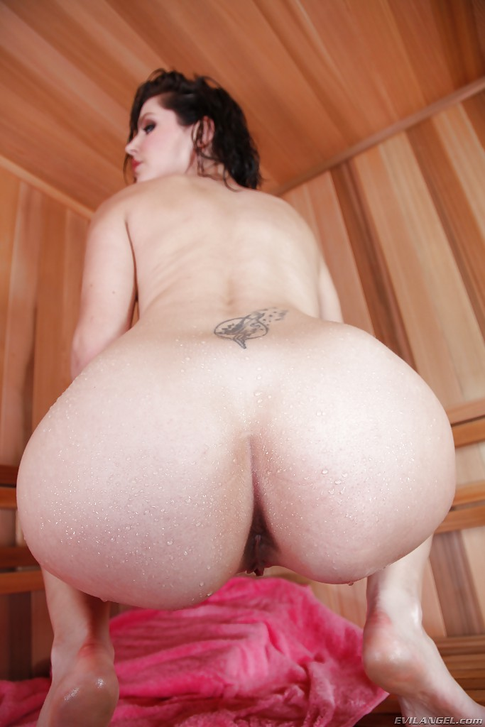 biggest bobbie and ass naked