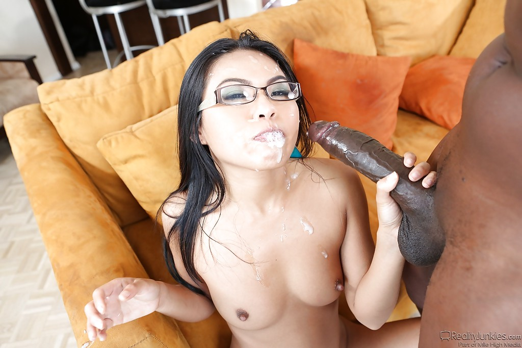 Mature french lady gives hand job