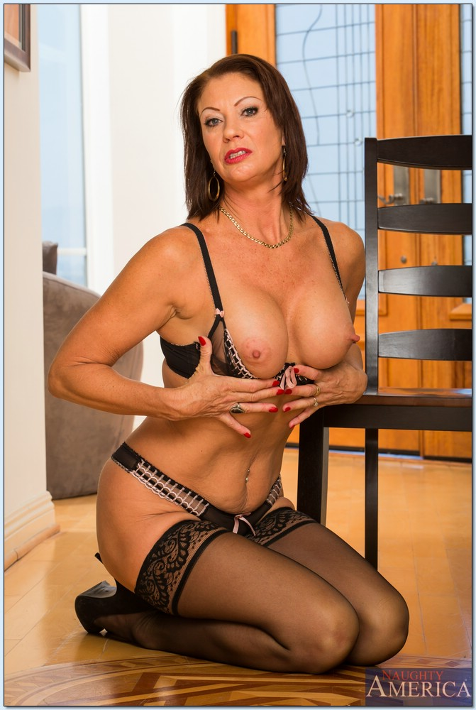 milf cougar berlin black escort