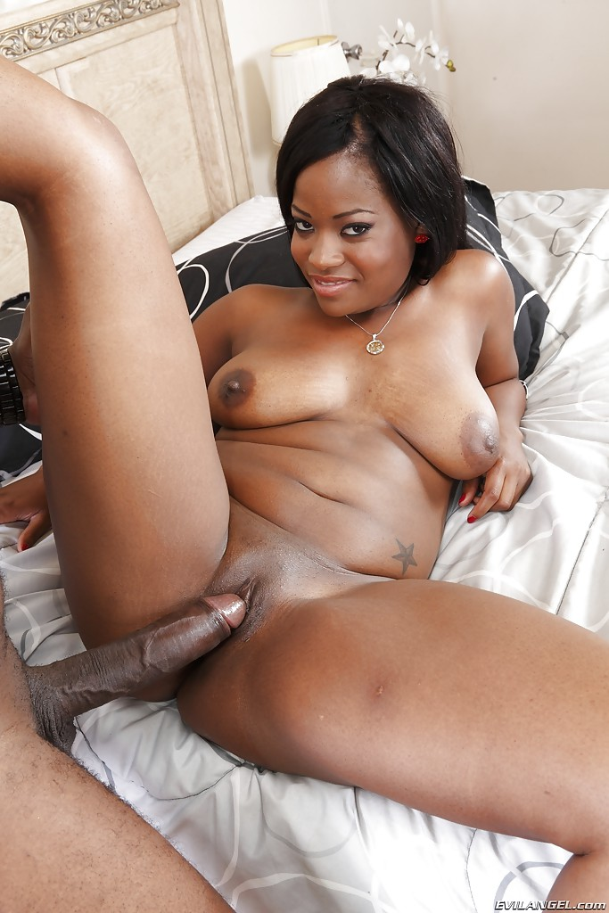 Free shaved black pussy videos
