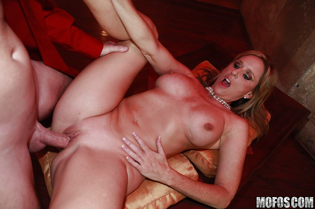 Free mature swingers thumbnails