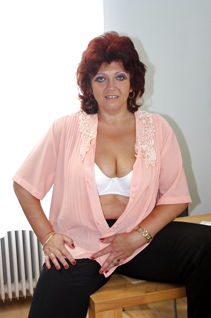 Voluptuous MILF in lingerie JR Carrington uncovering her round jugs and pussy  1445314