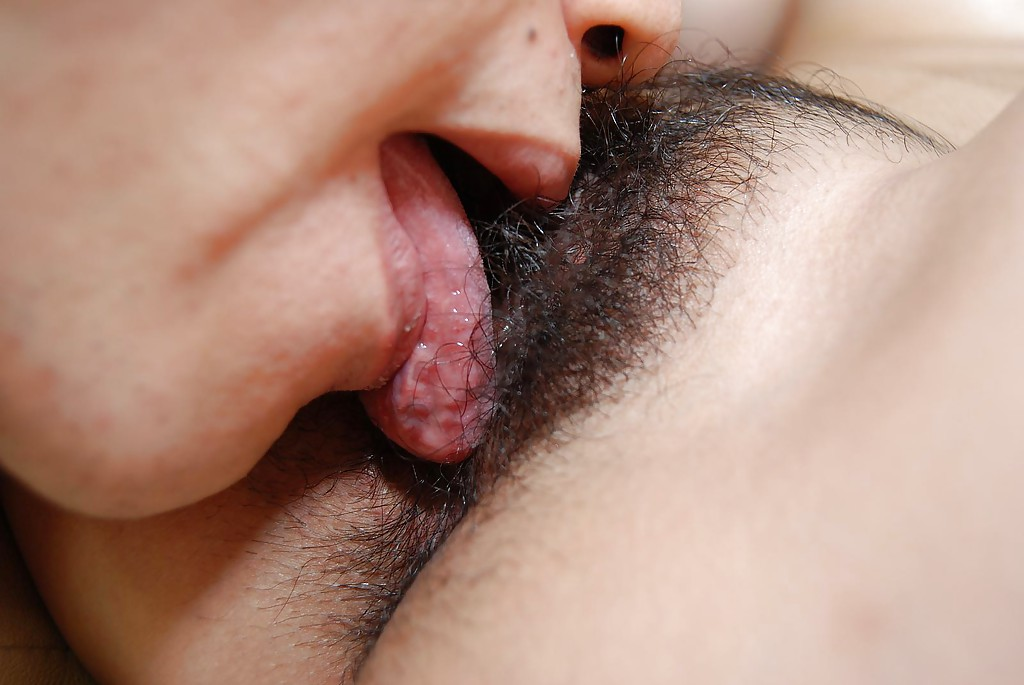 Hairy clit licking