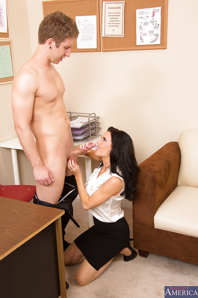office slut fucks boos