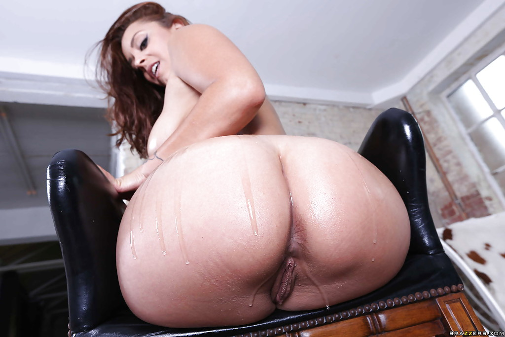 Brazzers bigass brunette liza del sierra oiled amp massaged - 4 6