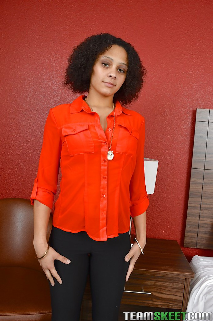 Curly-haired MILF with shaggy cooter undressing and posing nude outdoor  1023383