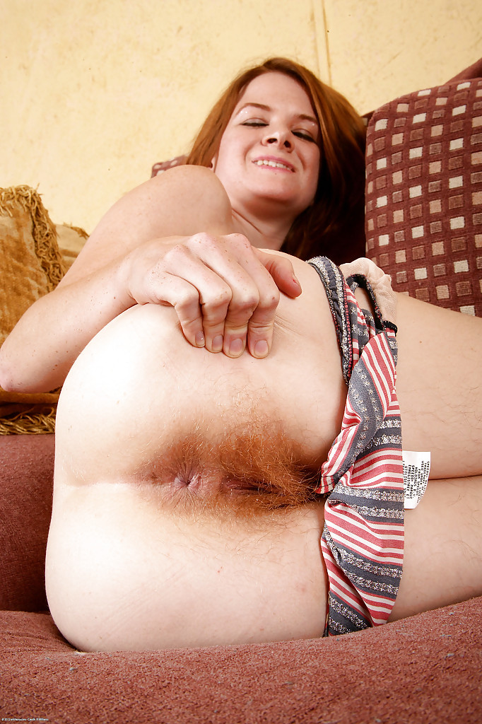 Similar hairy redheaded milf exposes her apologise