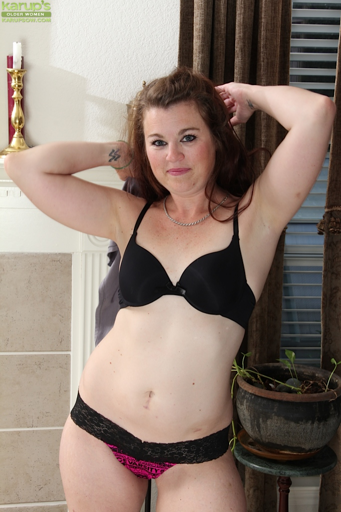 Free Mature Pictures Collection, Nude Moms Pictures, Hot.