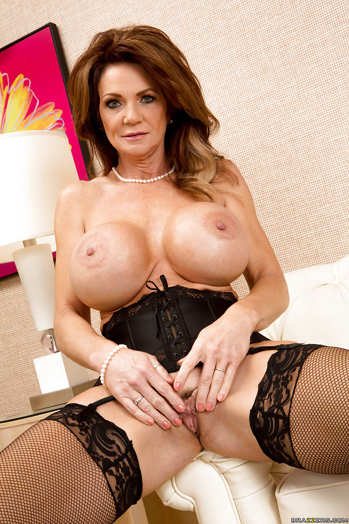 Matchless big tits mature nylon share your