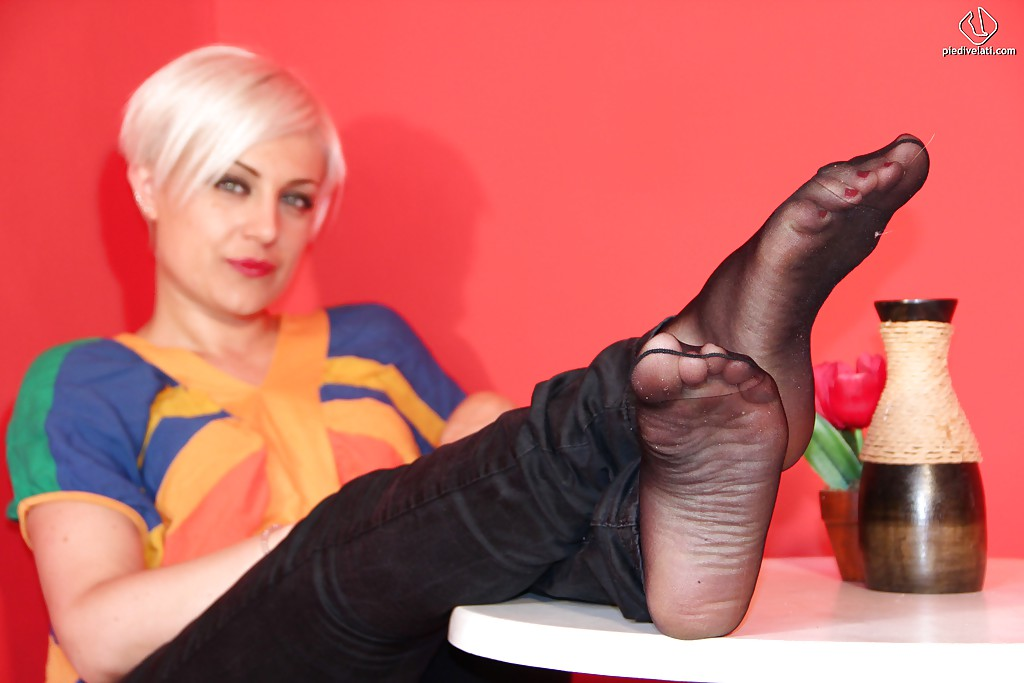 Number One Pantyhose Fetish Site On 3