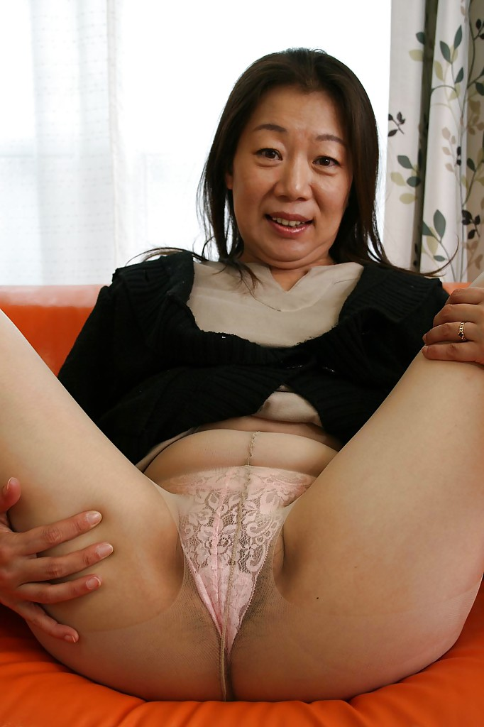 asian mothers in nylon