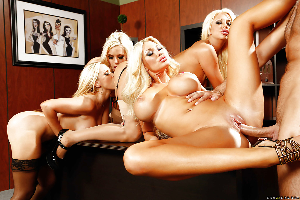 Courtney taylor, nikki benz, nina elle, summer brielle