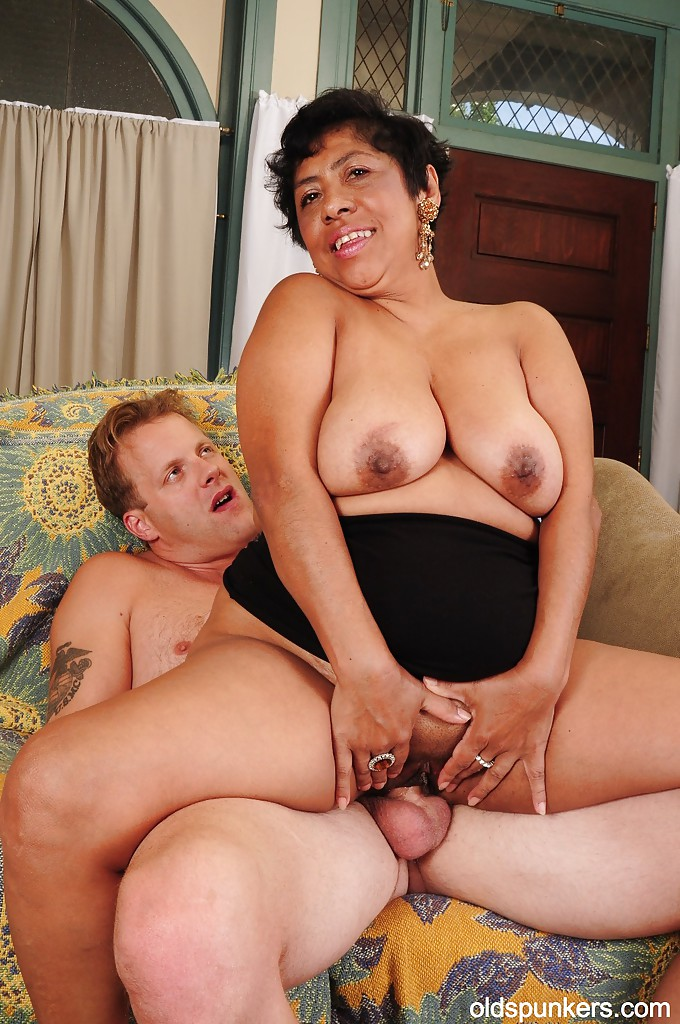 tits Mature granny latina big