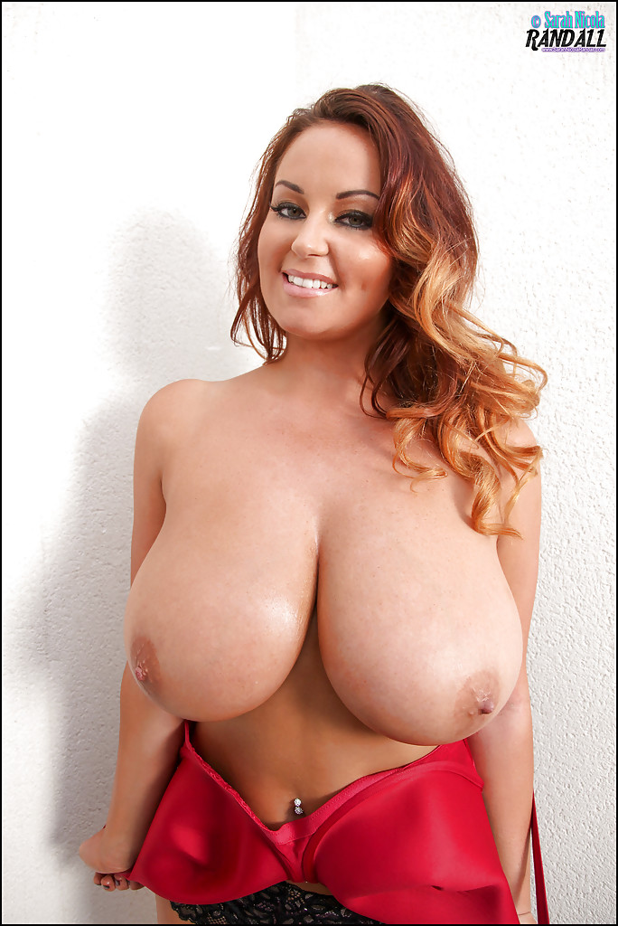 Big tits bra and panties can not
