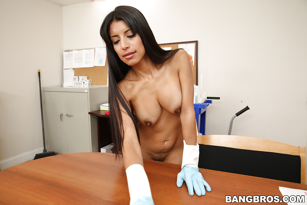 Naked latina maid