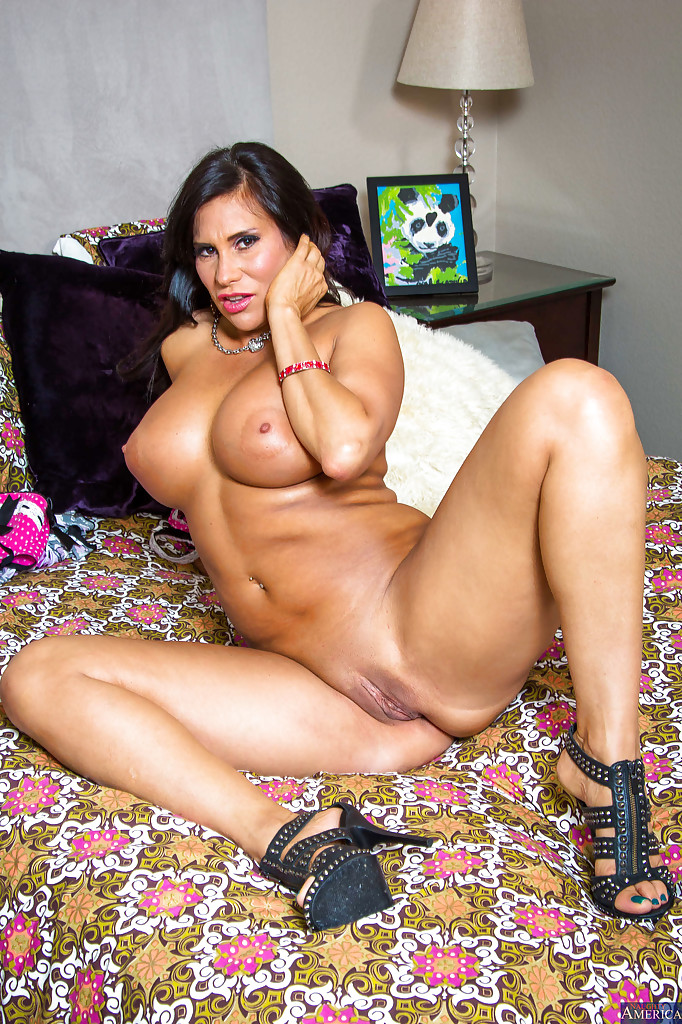 latino women naked sex