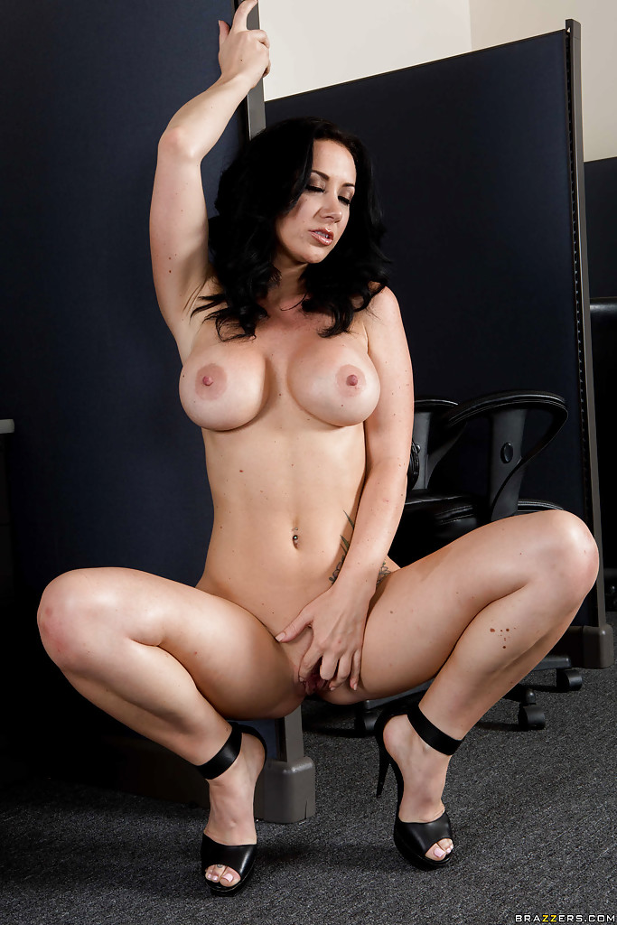 Casually, Jayden jaymes shows off tits cleared
