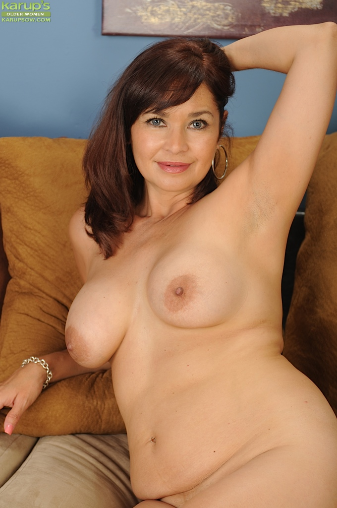 Brunette lady mature
