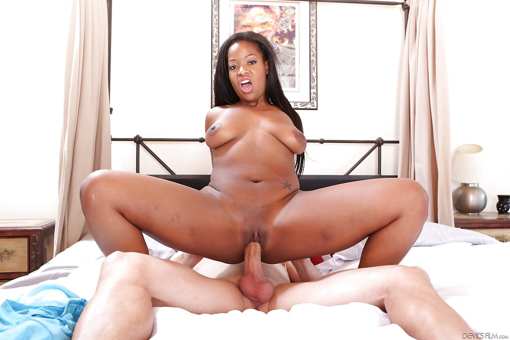Teenyblack curvy ebony monique symone rides white dick