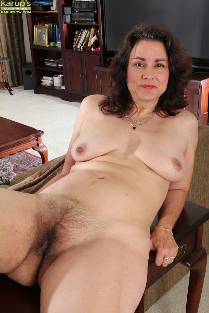 Gianna jones hairy pussy mature