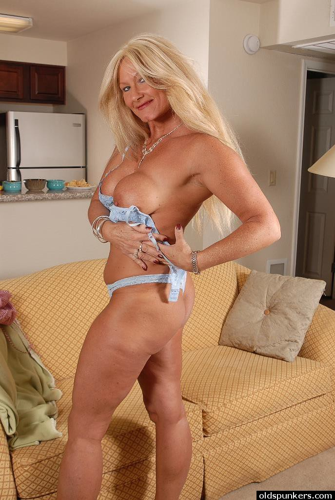 Are not Mature older women upskirts speaking, would