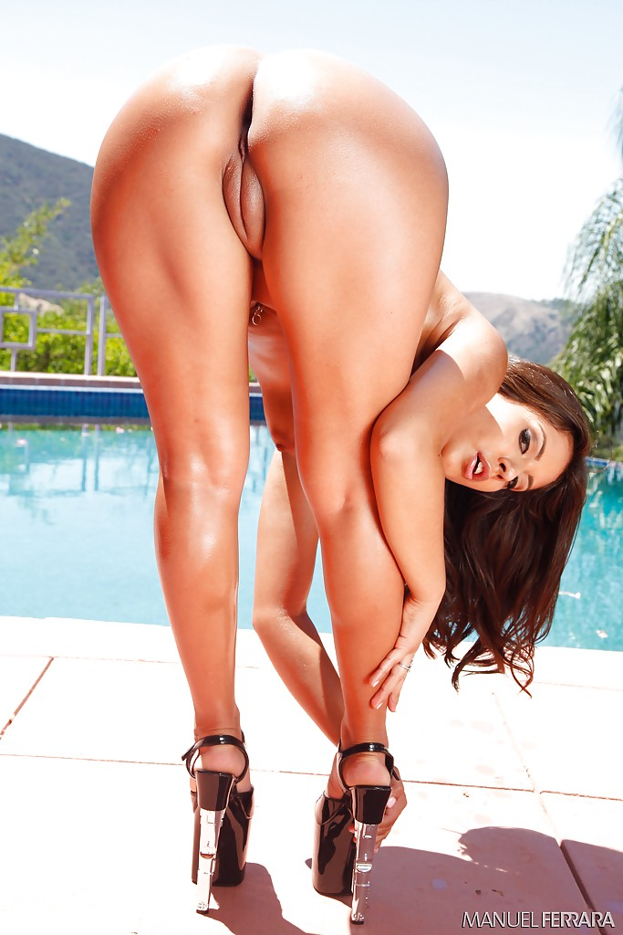 Was Big booty latina girls wet pussys pic
