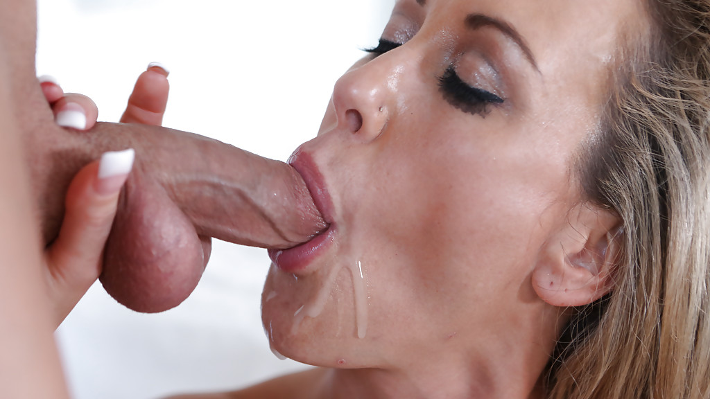 Cum in milfs mouth