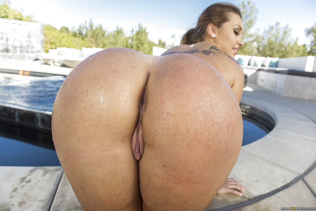Big wet asses video