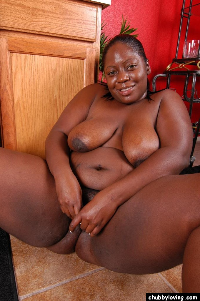 horny fatty mature ebony dynasty demonstrates her big